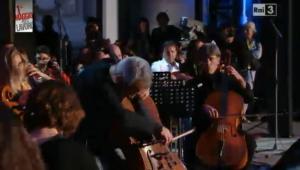 Giovanni Sollima e i 100 violoncelli_1