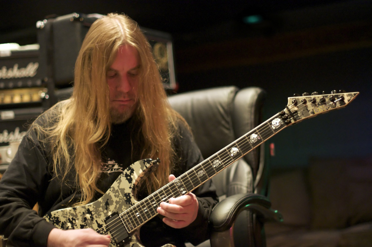 morto-jeff-hanneman