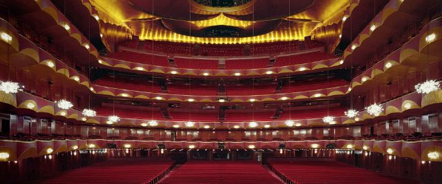 Metropolitan-Opera-House-New-York