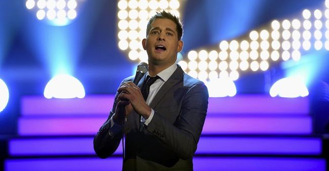 HUGH GRANT E MICHAEL BUBLE OSPITI DELLO SHOW TV TEDESCO WETTEN, DASS..?