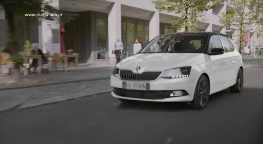 la canzone della pubblicit nuova skoda fabia video spot. Black Bedroom Furniture Sets. Home Design Ideas